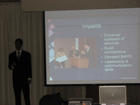 An FBLA student presents at the 2007 Future Business Leaders Showcase event.